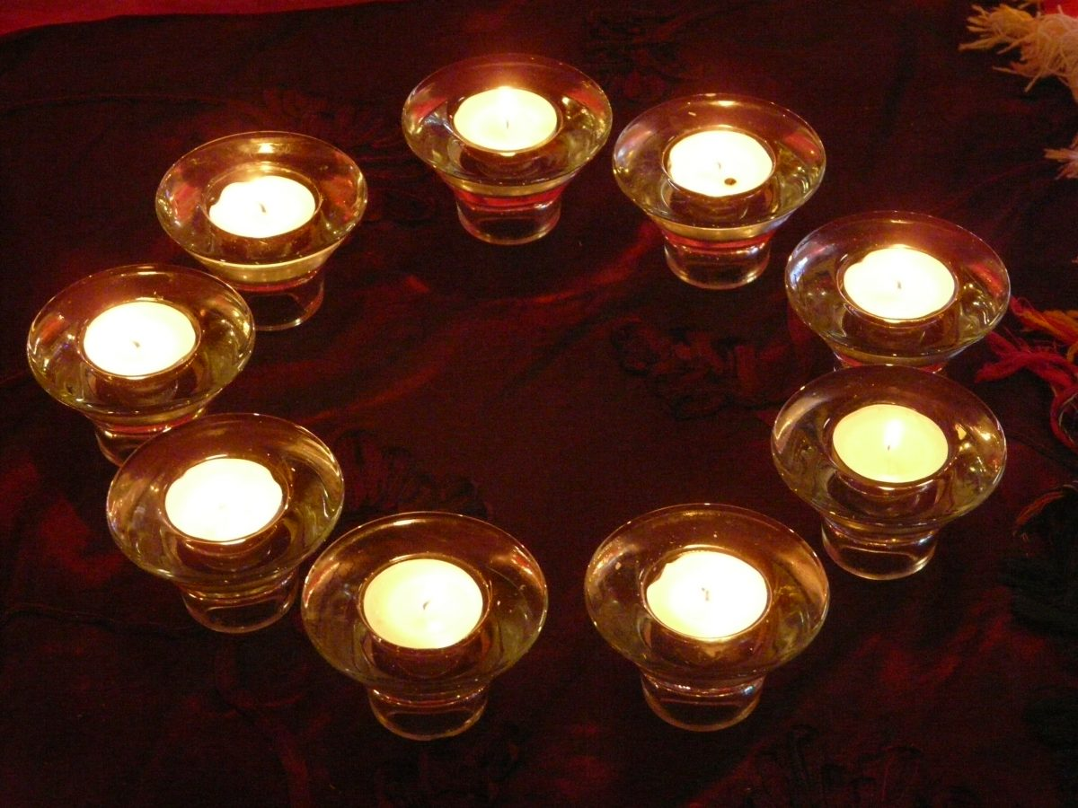 circle of t-lights for a non-religious funeral